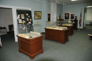 King-William-Display-Cases
